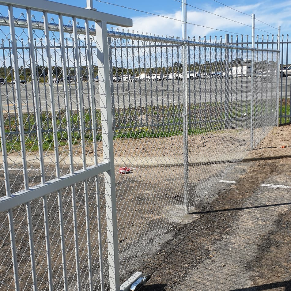 Commercial Chain Wire Fence